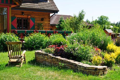 园林景区景石绿化